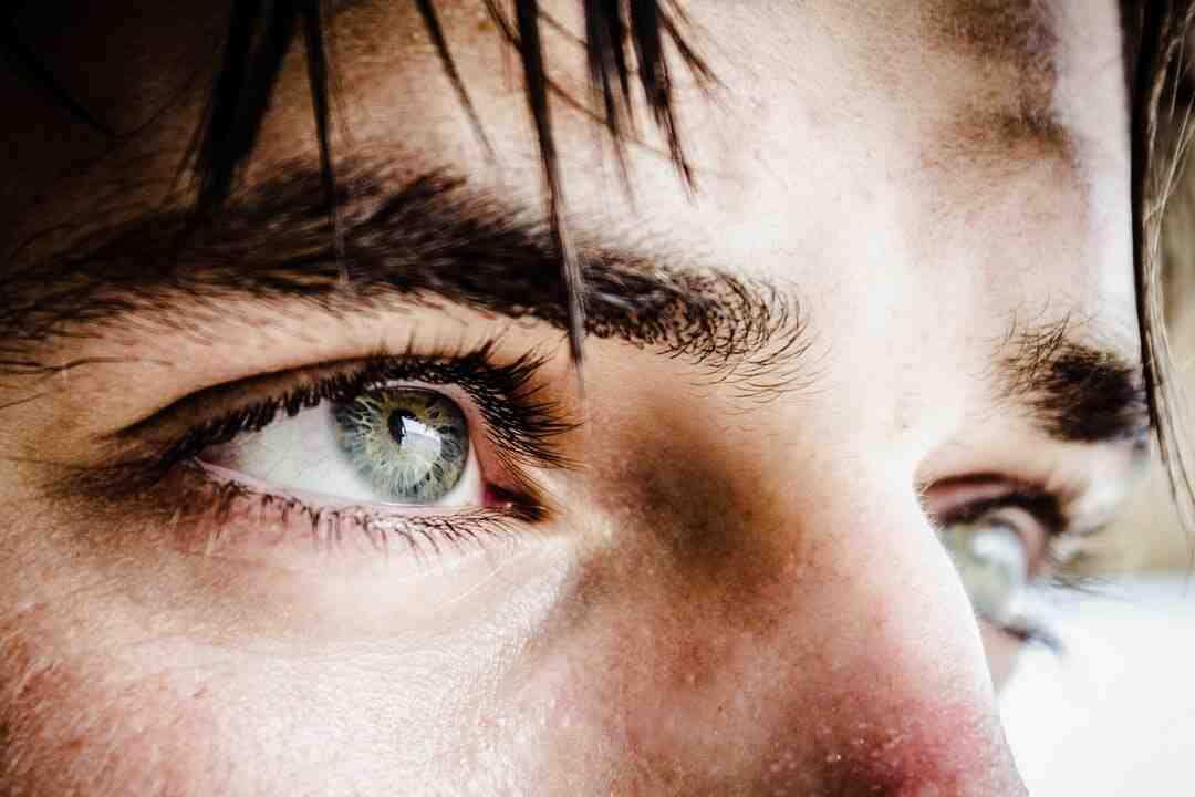 Comment bien maquiller ses yeux après 50 ans